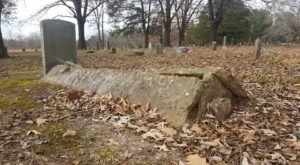 Most People Don't Know The Story Behind These Bizarre Tent Graves In Arkansas