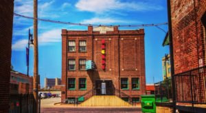 This Kansas Arcade With 80 Vintage Games Will Bring Out Your Inner Child