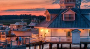 Few People Know You Can Stay The Night At This Beautiful Virginia Lighthouse