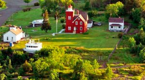 Few People Know You Can Stay The Night At This Beautiful Minnesota Lighthouse On The North Shore