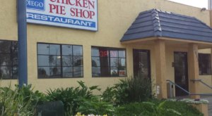 People Drive From All Over For The Chicken Pie Dinner At This Charming Southern California Diner