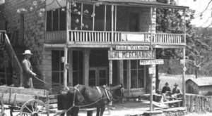 This Historic Arkansas Inn And General Store Has Real Old World Charm