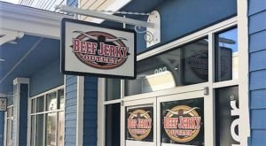 The Beef Jerky Outlet Near Pittsburgh Where You'll Find More Than 100 Tasty Varieties