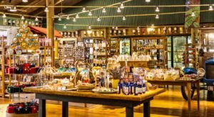 You Won't Leave This Charming Country Store In Hawaii Empty-Handed