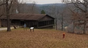 You Can Have The Best View In All Of Arkansas At This Lookout Restaurant