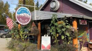 This Alaska Pizza Joint In The Middle Of Nowhere Is One Of The Best In The U.S.