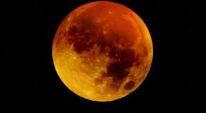 The Next Lunar Eclipse Will Be Visible From Illinois And You Won't Want To Miss Out