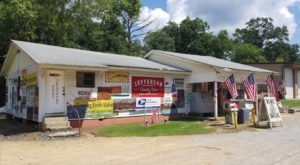 The Charming Country Store That's The Epitome Of Small Town Alabama