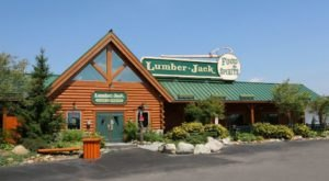 The Old-Fashioned Lumberjack Cafe In Michigan That Will Take You Back In Time
