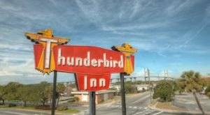 This Quirky Motel Is One Of The Happiest Places In All Of Georgia