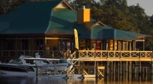 You Can Pull Your Boat Right Up To This Lakeview Restaurant In Louisiana