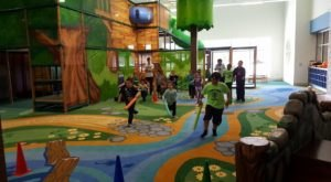 The Treehouse-Themed Indoor Playground In Connecticut That's Insanely Fun