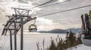This Breathtaking Winter Gondola Ride In New York Will Take You High Above The Clouds