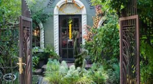 The Magnificent Washington Restaurant That Feels Like Dining In A Secret Garden