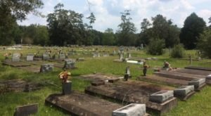 You Won't Want To Visit This Notorious Louisiana Cemetery Alone Or After Dark