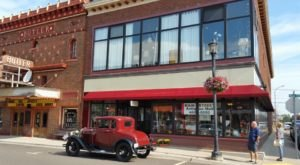 You'll Find Hundreds Of Treasures At This 3-Story Antique Shop In Michigan