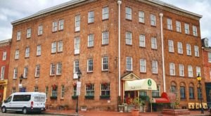 This Old Hotel In Maryland Is One Of The Most Haunted Places You'll Ever Sleep
