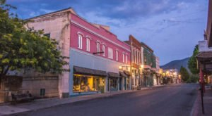 This One Street In Northern California Is Home To Dozens Of Century-Old Buildings