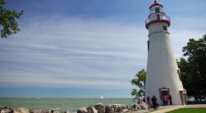 Take This Mini Road Trip To Climb Two Of Ohio's Most Beautiful Lighthouses
