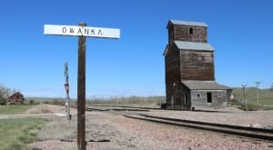 This Urban South Dakota Ghost Town Will Take You A Thousand Miles Away From It All