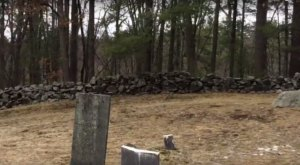 You Won't Want To Visit This Notorious New Hampshire Cemetery Alone Or After Dark