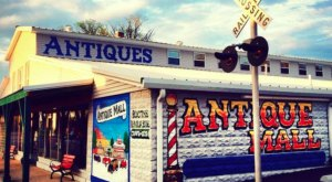 This Itty Bitty Kentucky City Is Actually The Best Antiquing Town In The Country