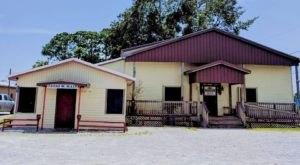 The Cajun Bayou Food Trail That Belongs On Every Louisianan's Bucket List
