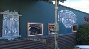 This Old-School Diner Is Filled With Alaskan Artifacts And Just Begging To Be Visited