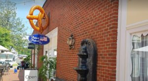 The Hometown Pretzel Bakery In North Carolina Where You'll Find Hand-Twisted Deliciousness