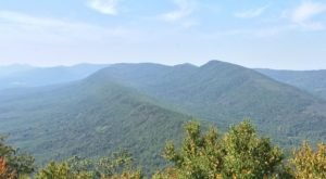 This Gorgeous Virginia Hike Features A Mountaintop Lookout Tower And It's Simply Majestic