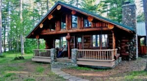 Nature Lovers Will Adore This Minnesota Lodge In The Middle Of A Beautiful National Forest