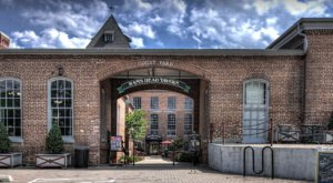 This Old Cotton Mill In Maryland Is Actually One Of The Best Places To Shop