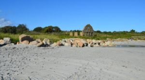 Visit These Hauntingly Beautiful Beachside Ruins In Rhode Island Before The Tourists Return