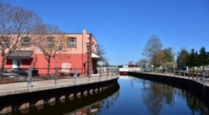 Spend a Delightful Spring Day Exploring These 8 River Towns In Delaware