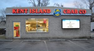 This Ramshackle Crab Shack Hiding In Maryland Serves The Best Seafood Around
