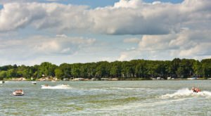 The Underappreciated County In Iowa That's Home To More Than A Dozen Heavenly Lakes