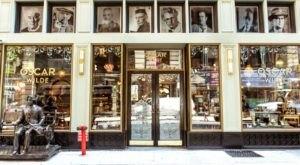 The Oscar Wilde Themed Restaurant Where You Can Find New York's Longest Bar