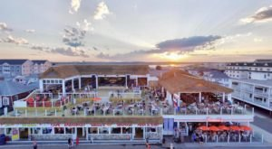 Visit The Best Beach Bar In New Hampshire Where It Always Feels Like You're On Summer Vacation
