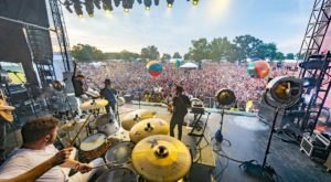 One Of The Largest Music Festivals In The U.S. Takes Place Each Year In This Tiny Town In Tennessee