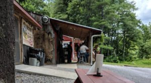 You Won't Leave Hungry From This Remote Walk-Up BBQ Shanty In North Carolina