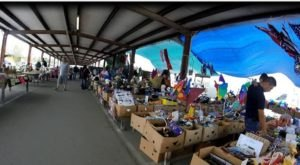 You Could Spend Hours At This Giant Outdoor Market In Mississippi