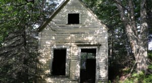 Not Many People Realize These 11 Little Known Haunted Places In Maine Exist