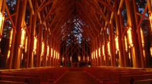 This Massive Chapel Made Of Glass And Wood Is One Of The Most Breathtaking In The U.S.