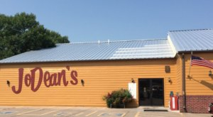 The One Delicious All-You-Can-Eat Buffet In South Dakota That's Actually Worth Visiting
