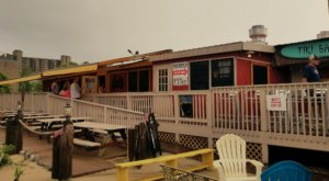 This Ramshackle Crab Shack Hiding In Delaware Serves The Best Seafood Around