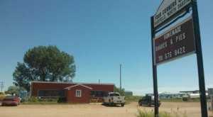 This North Dakota Restaurant Way Out In The Boonies Is A Deliciously Fun Place To Have A Meal