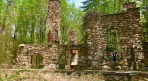 A Hike Along Cornish Estate Trail In New York Leads You Straight To An Abandoned Village