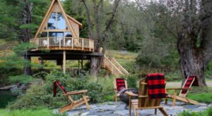There Is Nothing Rustic About An Overnight Stay In This Luxurious Vermont Treehouse