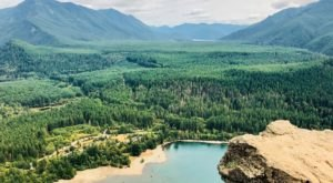 This Invigorating Washington Trail Takes You Straight To The Top Of The World