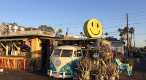 Two Hippies Beach House Restaurant In Arizona Is The Grooviest Place To Dine